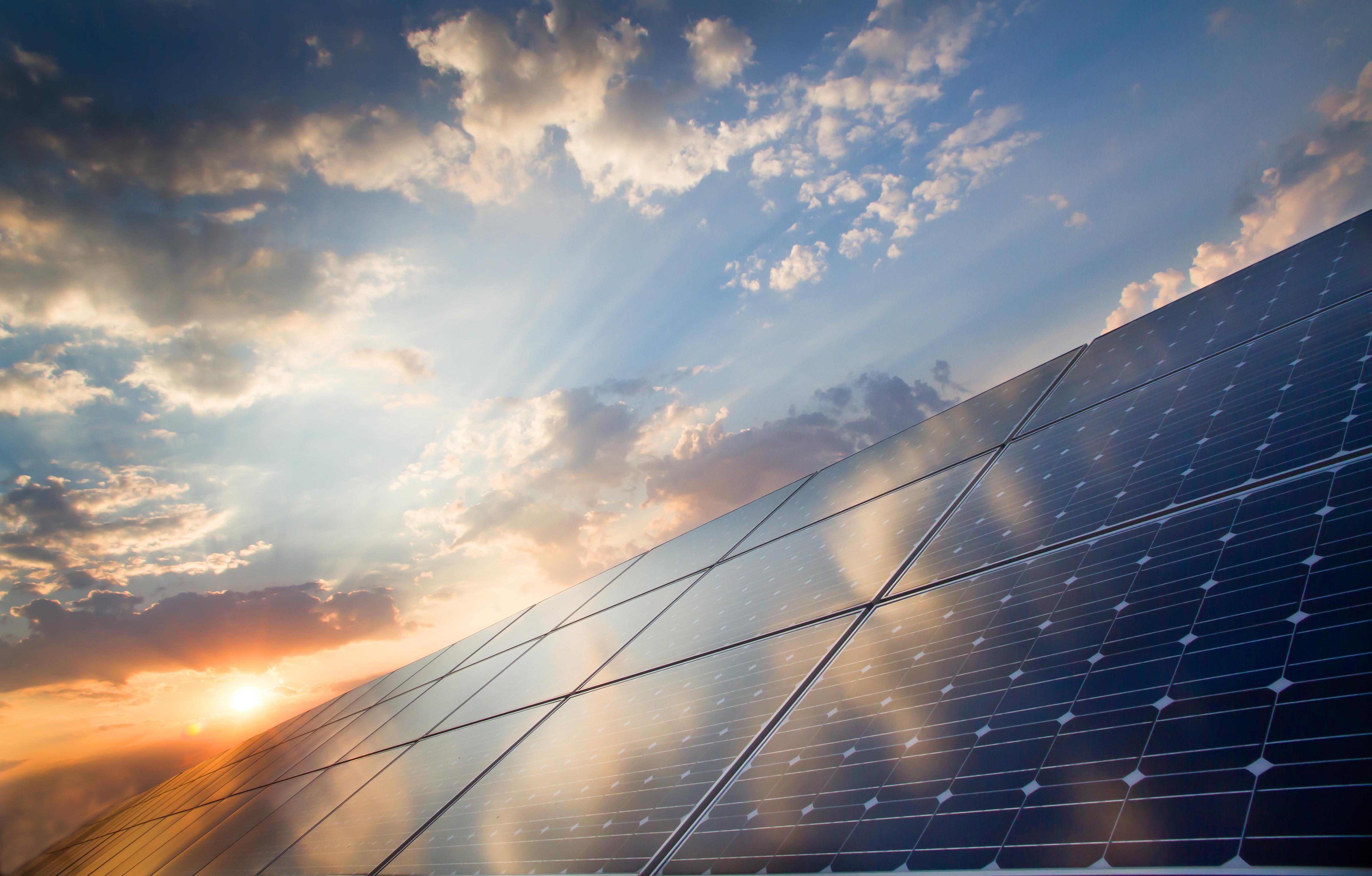 Custos Menores Para A Instalação De Projetos Para Geração De Energia Solar