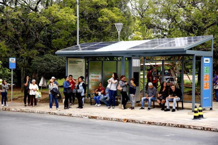 Pontos De ônibus De Suzano (SP) Ganham Abrigos Com Energia Solar